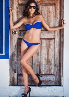 Modell 001 - Karen Islas